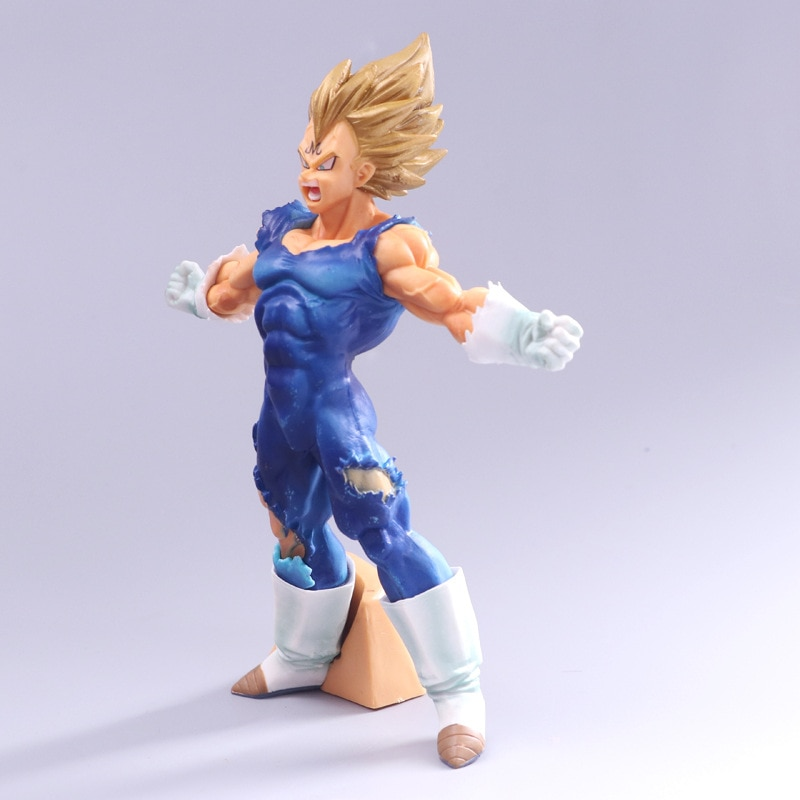 Vegeta Super Saiyan Enchanted Figure 18cm